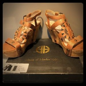 House of Harlow 1960 wedges